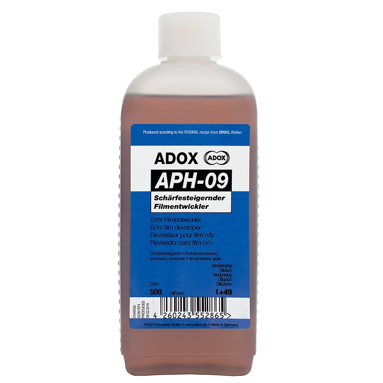 Bild 1 - ADOX APH 09 500 ml Concentrate Sharp Working Compensating Developer