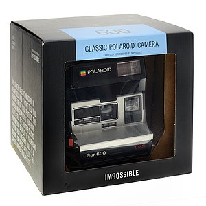 POLAROID 600 Camera 80s Style Square