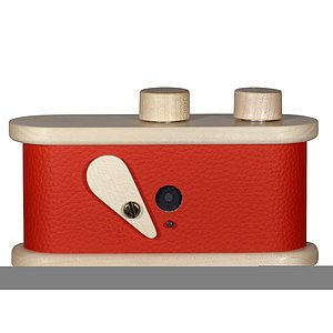 LEROUGE 135L Pinhole Camera made of wood (red)