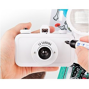 LOMO La Sardina Camera and Flash DIY-Edition