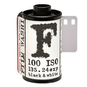 WASHI F 100 B&W-Film  135/24