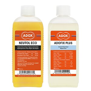 Bundle out of ADOX Neutol Eco 500 ml Concentrate + ADOX ADOFIX Plus Fixer 500 ml Concentrate