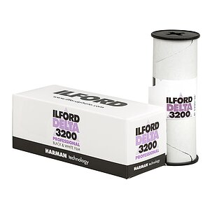 ILFORD Delta 3200 120 Medium Format Film